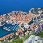 Dubrovački taksist opljačkao turiste, a umjesto kuna vratio im je srbijanske dinare