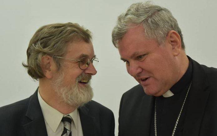 Biskup Košić na predstavljanju knjige o Thompsonu: Trebalo bi ...