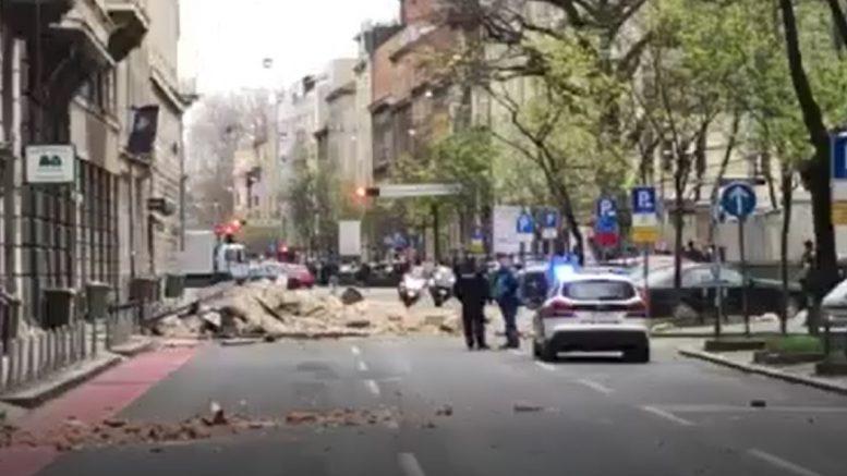 Potresi U Zagrebu Vatrogasci Do 10 00 Odradili 50 Ak Hitnih Intervencija Zatoceni U Stanovima Liftovima Ali Imali Su I Ozbiljne Pozare Hrvatska Danas